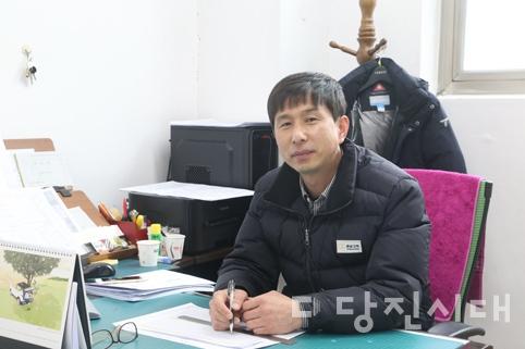"""㈜충남고속 당진버스터미널 강형섭 소장 """"당신의 손과 발이 되어 드릴게요"""""""
